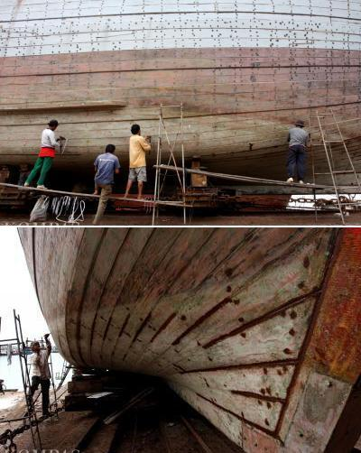 Kapal ikan diperbaiki di galangan kapal, Jakarta Utara