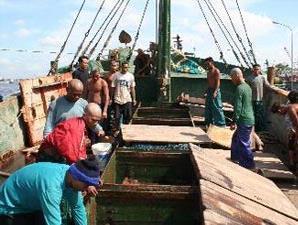 Kapal ikan ilegal Thailand di Pontianak