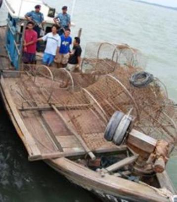 Kapal ikan ilegal Malaysia di Karimun
