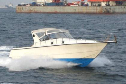 Fiber fishing boat Surabaya : P - 12.80m, L - 3.60m, T - 0.85m, engine 2 x Volvo Penta 370 HP, kapasitas tidur : 4-6
