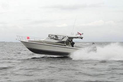 Fiber fishing boat Surabaya : P - 11.55m, L - 2.80m, T - 3.00m, outboard engine 2 x 250 HP