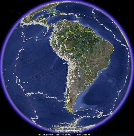 Sisi kiri benua amerika latin & selatan cukup banyak gempa